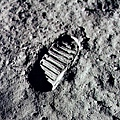 first_step_one_the_moon