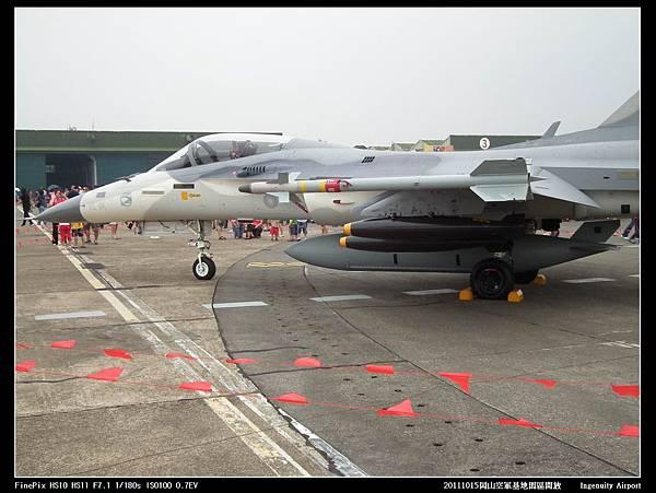 20111015岡山空軍基地-IDF13.JPG