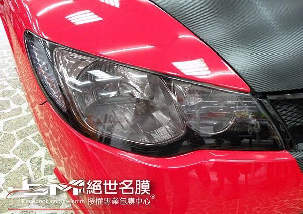 1040809-Honda CIVIC 八代 紅 引擎蓋卡夢+前後淺黑燈膜 (2).JPG