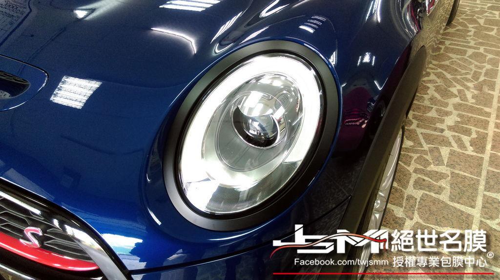 1040629-MINI COOPERS藍局部包膜 氣壩+手把+油箱+頭燈外框 (3).jpg