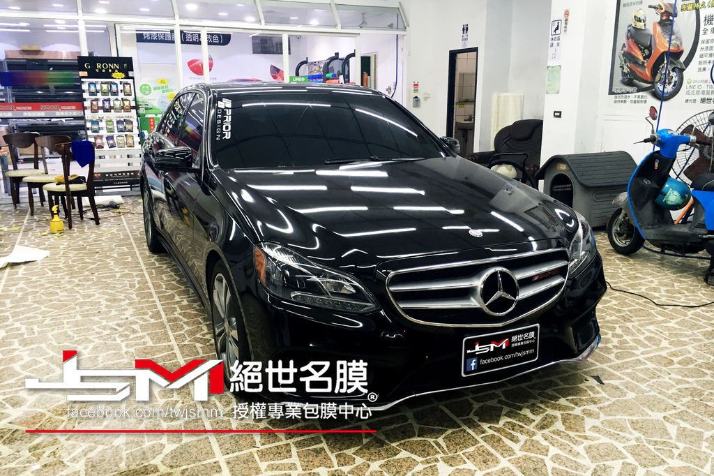 1061206-Benz E350-全車亮黑(白改黑)-IMG_8978.JPG