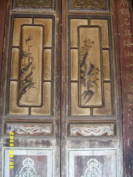 35正殿的門窗