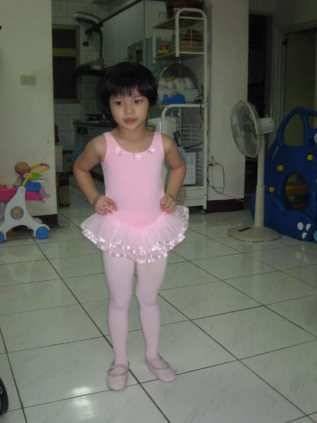 蜜糖姊姊跳舞