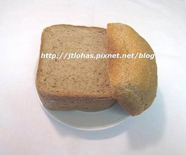 Whole Wheat Bread with Mayonnaise & White Sesame Seeds-2