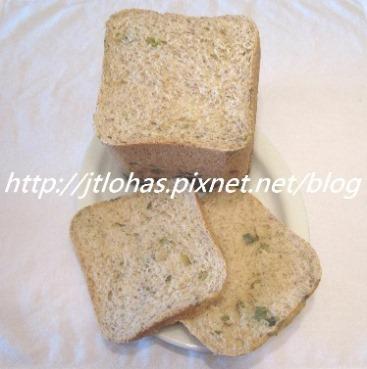 亞麻子黑胡椒蔥花麵包-1