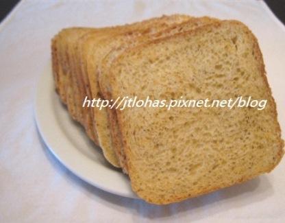 檸檬胡椒香料麵包-1.jpg