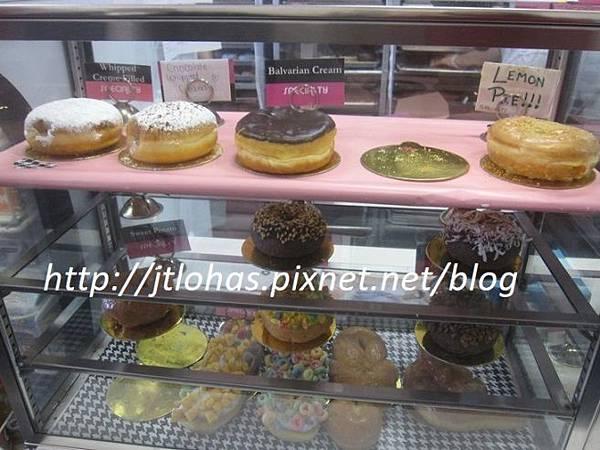 National Doughnut Day-16.JPG