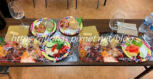 Happy Hour for Two-123.JPG
