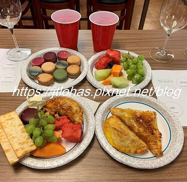 Happy Hour for Two-170.JPG