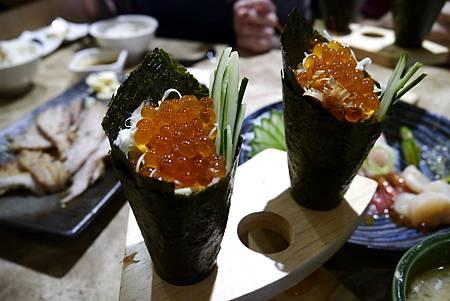 鮭魚卵手捲-金泰-2014.5.3.JPG