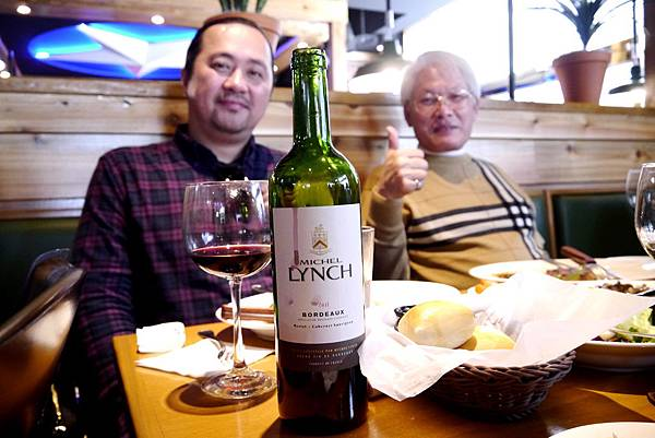 卡本內蘇維翁紅酒-德州鮮切牛排-2015.1.3.JPG