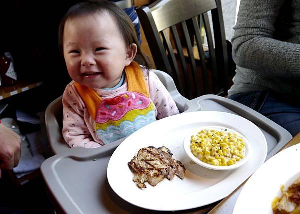 炭烤嫩雞胸(兒童餐)-2015.1.3.JPG