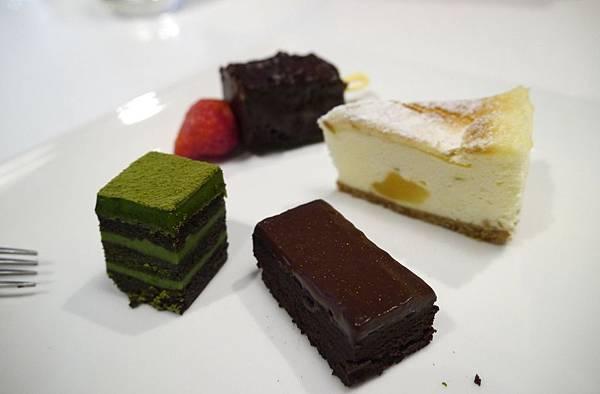 RICH CAKE-2015.1.3 (17).JPG