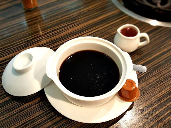 龜苓膏 Guilinggao (2).jpg