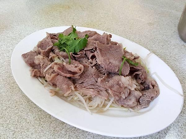 白灼肥牛肉 (2).jpg