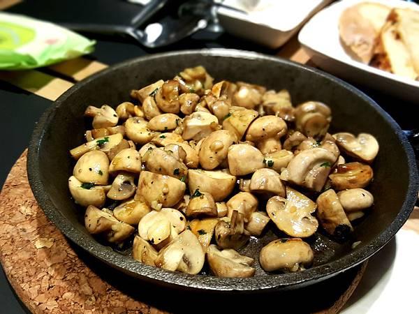 香煎蘑菇 (2).jpg