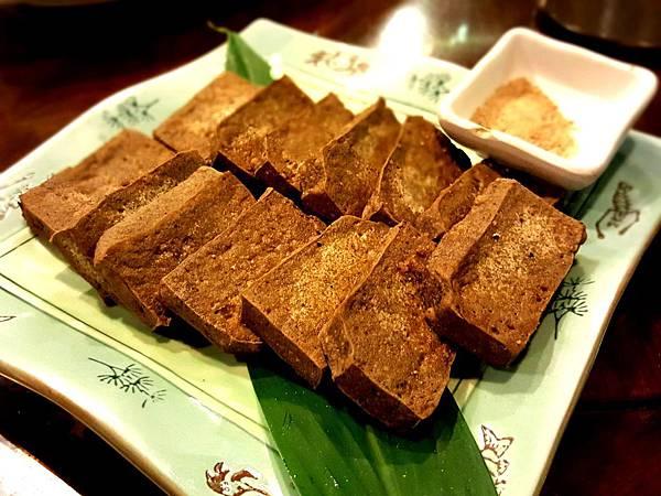 香煎黑豆腐.jpg