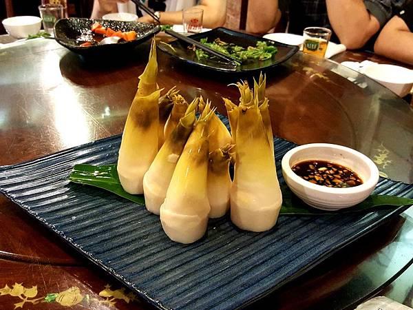 黃金綠竹筍 (2).jpg