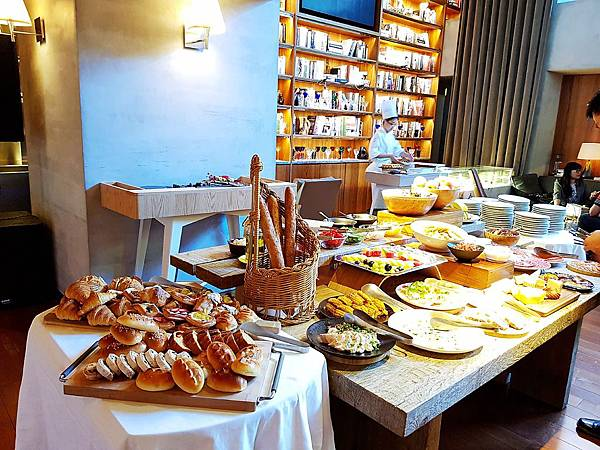 S Restaurant %26; Bar  (1)_mh1543675243221.jpg