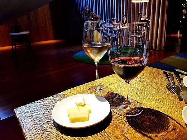 S Restaurant %26; Bar (2)_mh1543675156277.jpg