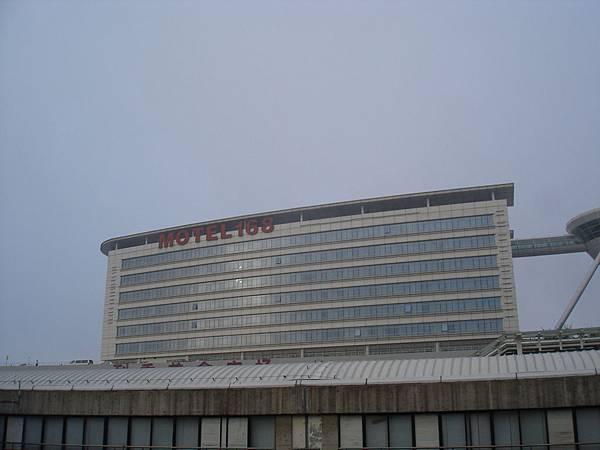 浦東機場旁的MOTEL