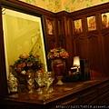 老上海服務櫃台
