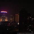 老上海餐廳外的夜景