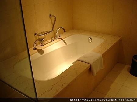 上海的飯店浴缸