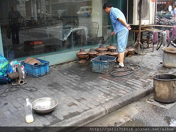 上海之旅-午餐前到處逛一逛