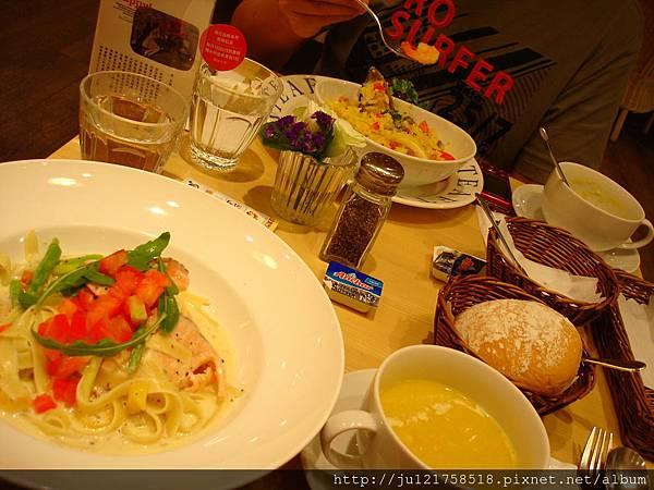 Afternoon Tea微風館+agnis b.巧克力