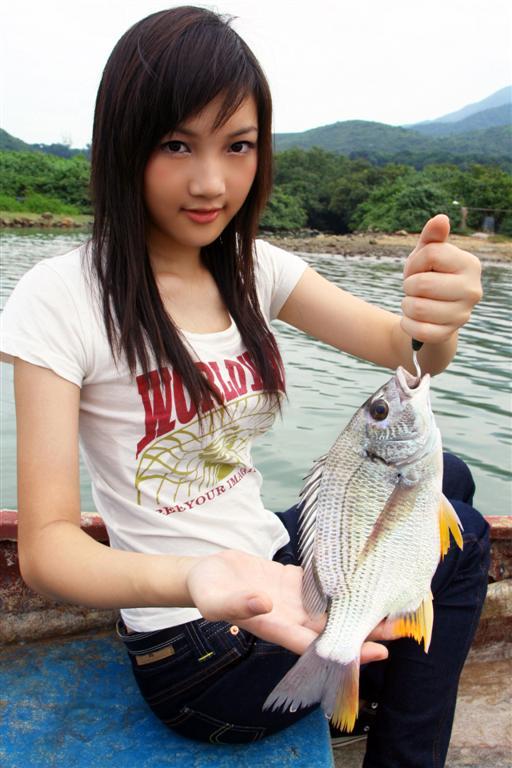釣魚美女06.jpg
