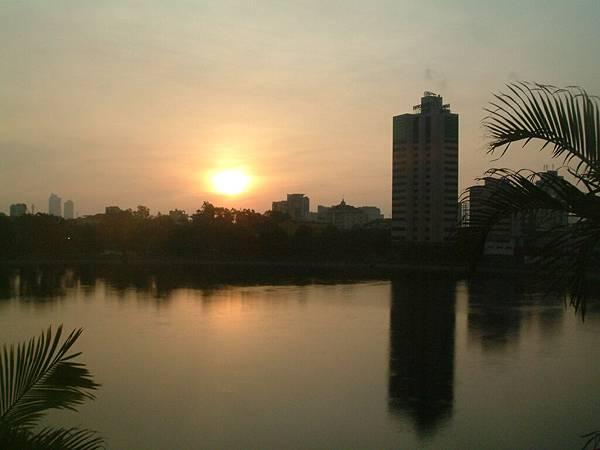 湖畔飯店湖景 (5).JPG