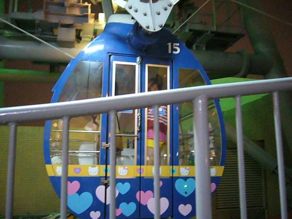 35我們沒有要撘Hello Kitty的車廂吧.JPG