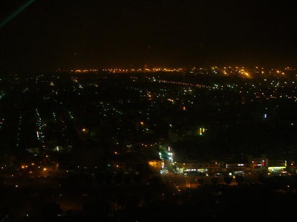 46混亂的夜景.JPG