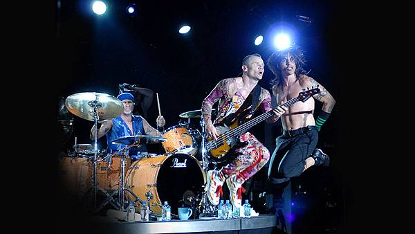the-red-hot-chili-peppers-1024.jpg
