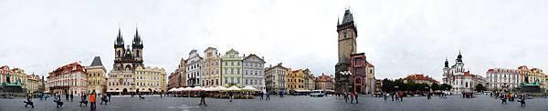 Old_Town_Square,_Prague_-_Staroměstské_náměstí,_Praha