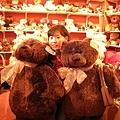 這兩隻熊好可愛