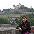 後面是瑪莉安城堡