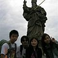 某主教雕像