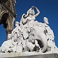 20070302 London Albert紀念碑的雕像