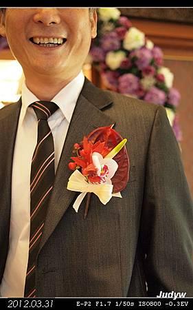 我阿爹的胸花