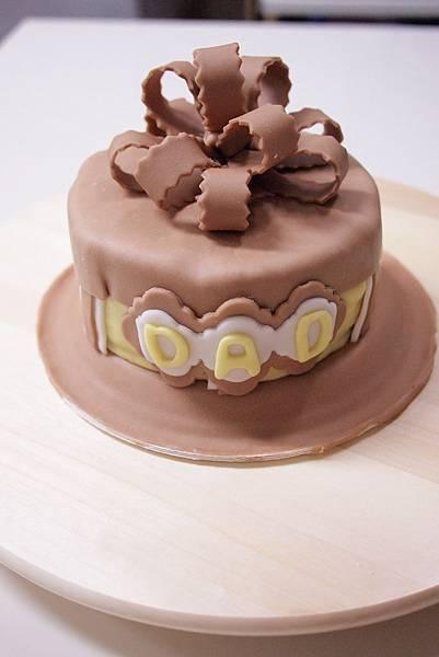 蛋糕剛成形 正面