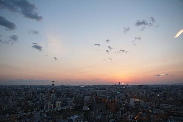 通天閣看出去的夕陽