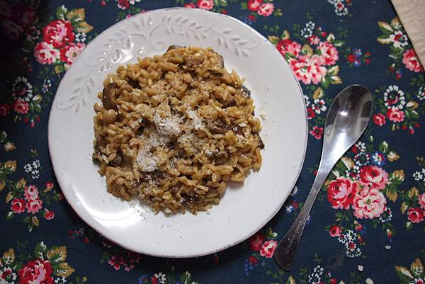 這野菇燉飯實在是太好吃了啊!!