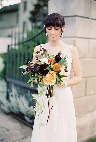 fall-wedding-bouquets-kate-weinstein-photo.jpg
