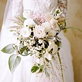 fall-wedding-bouquets-rebecca-yale.jpg