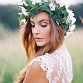 flower-crowns-floral-crowns-wedding-hairstyle-ideas-ivy-leaf-flower-crown-with-white-flowers.jpg