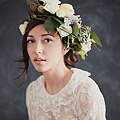 flower-crowns-floral-crowns-wedding-hairstyle-ideas-white-and-blush-flower-crown.jpg