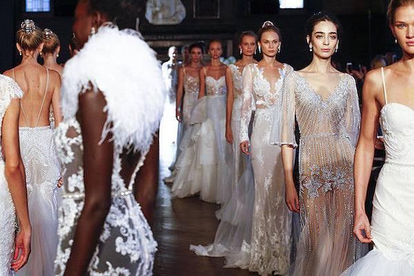 Alon-Livné-Wedding-Dress-Collection-Bridal-Fashion-Week-2016-Bridal-Musings-Wedding-Blog-75-630x420-630x420
