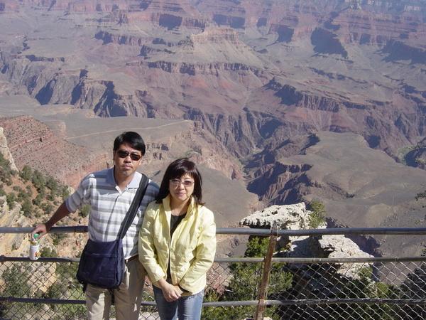 同行的香港夫妻